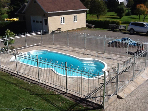 Cl ture de piscine cloture cl ture clotures cl tures for Piscine gonflable 2m diametre